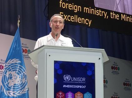 联合国秘书长减少灾害风险特别代表罗伯特·格拉瑟先生在全球平台结束时发言。(照片:UNISDR)
